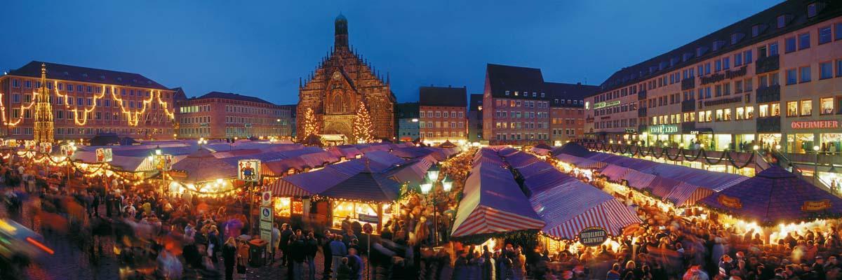 Danube_Nuremberg_Christmas_Market.jpg